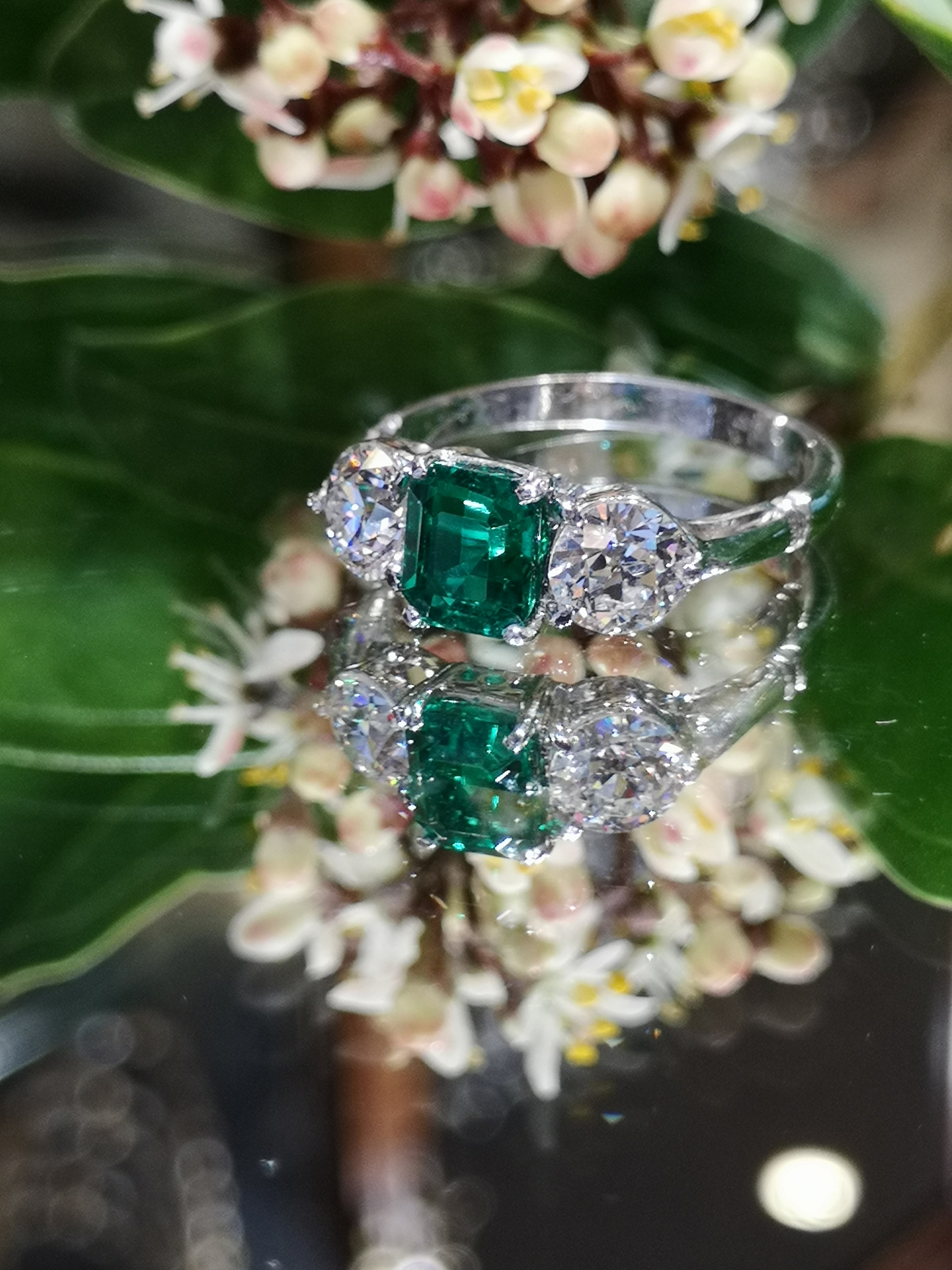 Ams7398 Colombian Emerald And Diamond Ring Cobwebs